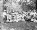 School picnic photo - large group