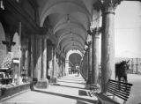 The colonade [sic], Venice, Cal.