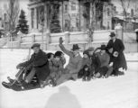 Group sledding