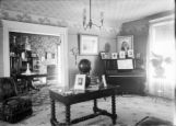 House - interior, possibly the Knapps