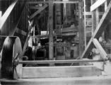 Huntington mill, rolls & crusher