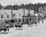 Estes Park parade to fairgrounds for big public show