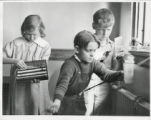 Boulevard School students weaving