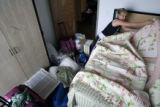 MJM019  Metropolitan State College of Denver student, Lauryn Gill (cq), 20, makes her bed in her...