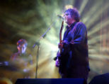 NYT35 - (NYT35) RANDALLS ISLAND, N.Y. -- August 1, 2004 -- CURE-MUSIC-REVIEW -- Robert Smith of...
