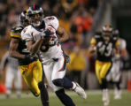 (JPM1189) In the fourth quarter, Denver Broncos Javon Walker, #84, pulls in a 61-yard  pass...