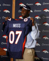DLM0380  Denver Broncos' first round draft pick, 17th overall, University of Florida defensive end...