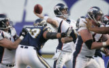 BG1011 In the fourth quarter, Denver Broncos Jay Cutler make an incomplete pass against the San...