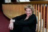 NYT17 - (NYT17) NEW YORK -- Jan. 2, 2005 -- SOPRANO-ADDICT -- Singer Andrea Gruber at the...