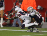 (CS116) Champ Bailey defends a pass intended for Jabar Gaffney in the first quarter of the Denver...