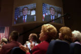 LOCAL STAFF/APR. 24, 2004/SAM UPSHAW JR. PHOTO Senator Bill Frist, R-TN., was applauded by an...