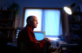 (Shot in BOULDER, CO, on 11/29/04)  Retired IBM employee Dave Finlay, 59, of Boulder developed a...