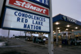 ({Bemidji,MN} shot on 3/22/05})  At the Stamart in Bemidji the manager put a sign up saying'...