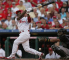 [JOE0573] Philadelphia Phillies batter Jimmy Rollins fouls the ball back into Colorado Rockies...