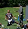 BG0128 Denver Broncos' new acquisition Michael Pittman #31 works with running backs coach Bobby...