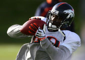 (057) Tatum Bell at practice at Broncos Headquarter at Dove Valley in Englewood, Colo., on...