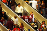DM4853  NHLxxxAvsxxBluexxxJacketsxx55445 A steady stream of Colorado Avalanche fans ride up the...