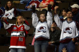 DM4853  NHLxxxAvsxxBluexxxJacketsxx55445 Colorado Avalanche fans wave to the miniature blimps...