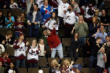 DM5757  NHLxxxAvsxxBluexxxJacketsxx55445 Colorado Avalanche fans celebrate a late goal against the...