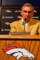 DM0229  BroncosShanahanPresser56300 Mike Shanahan, former head coach of the Denver Broncos, talks...