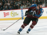 BG0698 Colorado Avalanche # 21 Peter Forsberg skates down ice against the  Minnesota Wild in the...