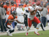0157   Kansas City Chiefs wide receiver Dwayne Bowe (82) makes a first down catch with Denver...