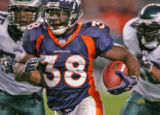 Denver Broncos Mike Anderson runs down field in the fourth quarter against the Philadelphia Eagles...