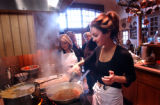 (BEAVER CREEK, CO. JANUARY 28, 2005) (Foreground) Chef Giada De Laurentiis of the Food Network...