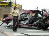 Denver, CO Aug. 19, 2005  Denver police detective Kara Bilstein (cq) investigates the scene of an...