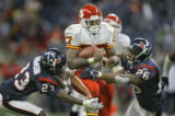 DAVID EULITT/The Kansas City Star--11062005--CHIEFS RAIDERS--Kansas City Chiefs running back Larry...