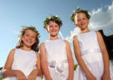(Denver, Colo., July 15, 2006) Left to right:  Tiara Mistresses Shelby Cohen (8), Lillian Bell...
